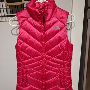 North Face Women's Pink Puffy 550 Vest